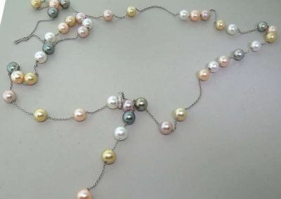 Collana con Perle Colorate