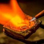 Fusione di un lingottino in argento