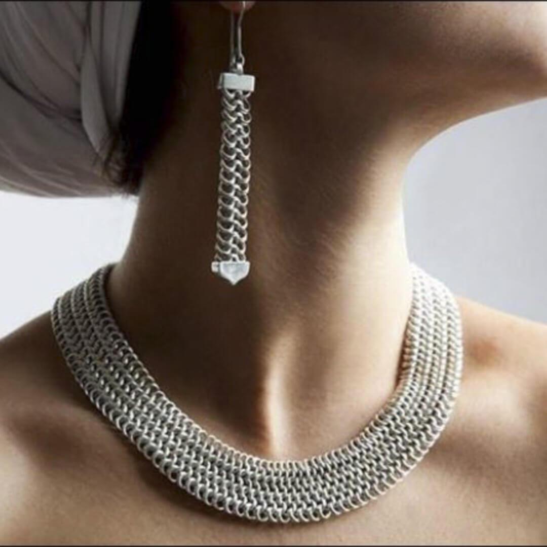 Collana e orecchini a maglie argento